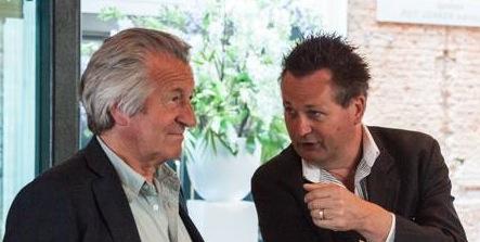 Erik en Peter regelmatig op congressen - nu even overleg